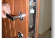 Šarvuotos durys daugiabučių laiptinėms ir butams