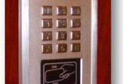 """""""APARTMENT"""" Telefonspynės, metalinės durys laiptinėms"""