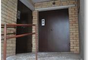 Durys laiptinėms, Telefonspynės daugiabučiams
