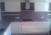 Stilingi virtuvės baldai