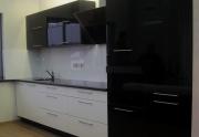 Stilingos, funkcionalios virtuvės, spintos, sekcijos, nestandartinių, autorinių baldų gamyba.