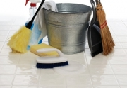 Praktiniai patarimai kaip tvarkyti namus