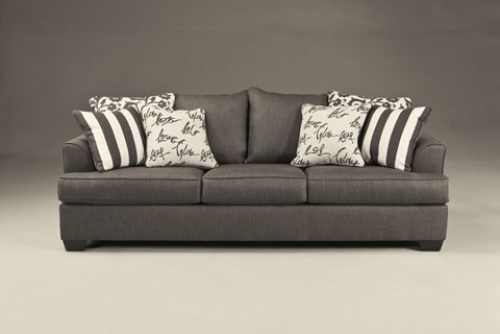 Trivietes sofos lovos
