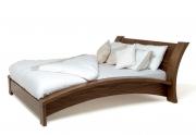 Lenktų formų medinė lova Embrace