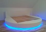 Apvali lova su LED apsvietimu