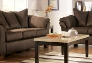 Sofa su pagalvėmis